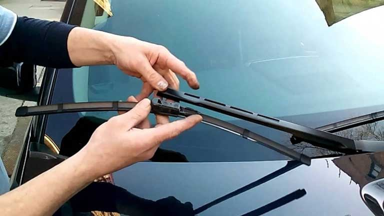 replacing wipers on any car